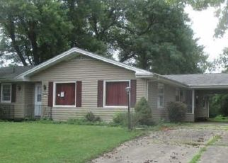 Short Sale in Decatur 62521 8TH DR - Property ID: 6338611681