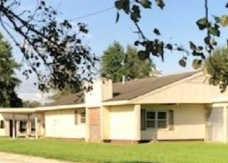 Short Sale in Beulaville 28518 CEDAR FORK RD - Property ID: 6338715918
