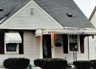 Short Sale in Dearborn 48124 PARDEE AVE - Property ID: 6338886278