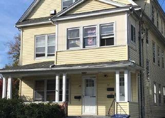 Short Sale in Bridgeport 06605 MELROSE AVE - Property ID: 6339153891