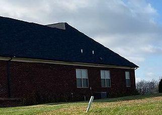 Short Sale in Jeffersonville 47130 BLUFF RIDGE RD - Property ID: 6339292727
