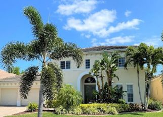 Short Sale in Fort Myers 33908 PASEO DE VALENCIA ST - Property ID: 6339370236