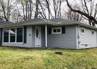 Short Sale in Erie 16505 OREGON AVE - Property ID: 6339397398