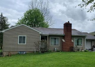 Short Sale in Duncansville 16635 CARSON VALLEY RD - Property ID: 6339400464